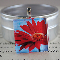 Red Daisy Glass Tile Pendant